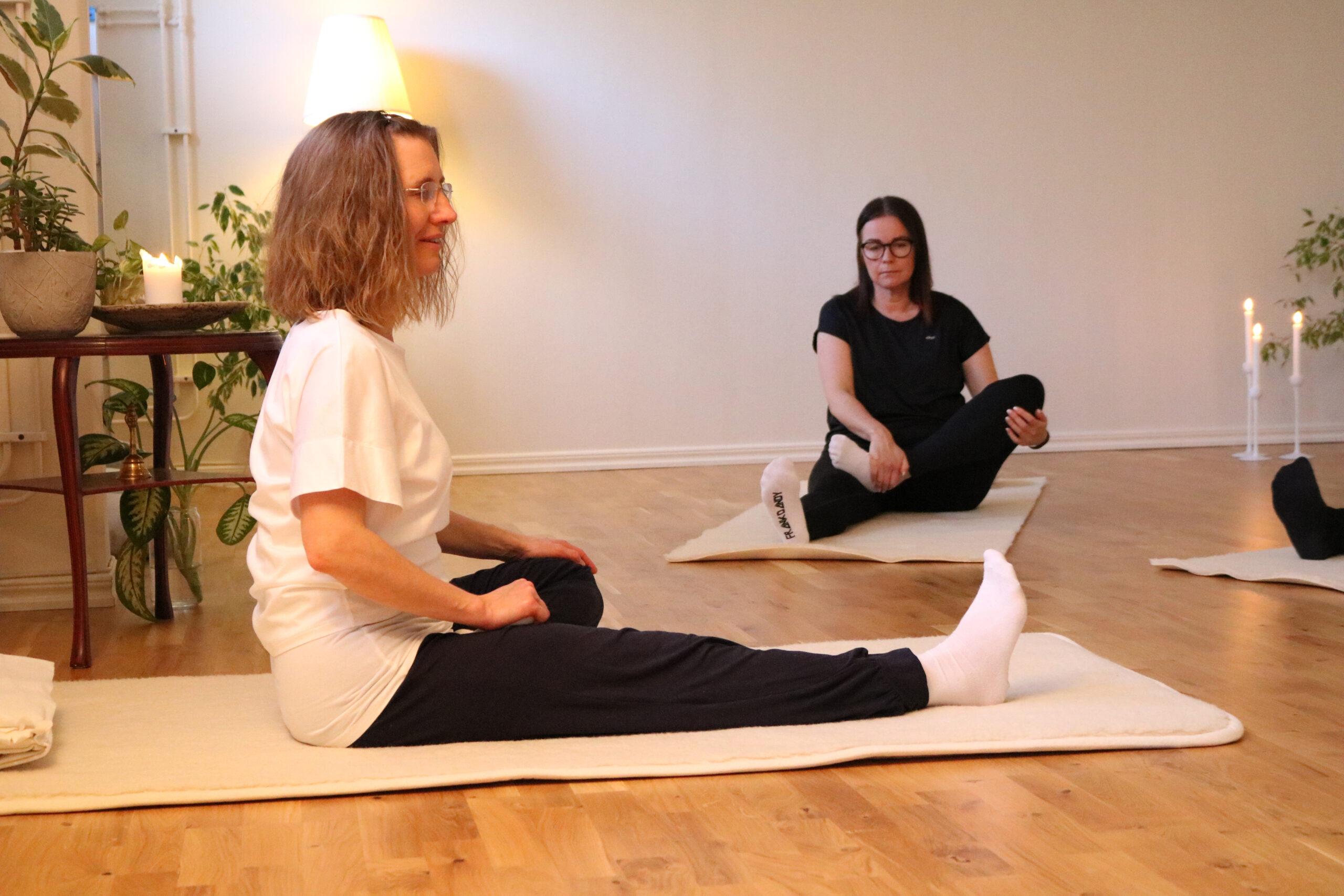Yoga-mindfulness Pia Karlsson